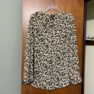 Torrid Leopard V neck blouse top size 1 1X